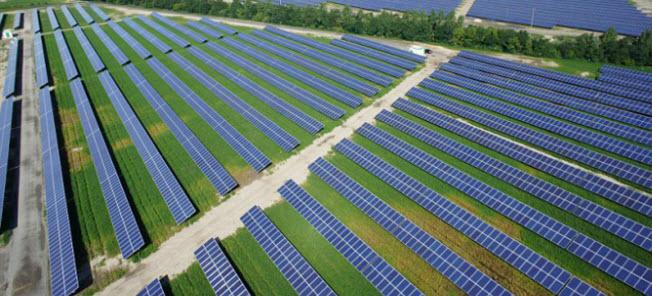 Топ 10 самых больших солнечных фотоэлектрических станций в Мире